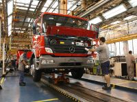 Mercedes-Benz Beats Brazilian Sales Record