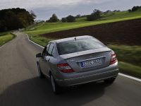 Mercedes-Benz C 350 CGI BlueEFFICIENCY