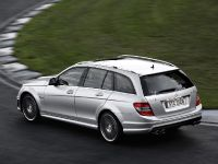 Mercedes-Benz C 63 AMG Estate, 4 of 6