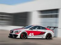 Mercedes-Benz CLA 45 AMG Racing Series, 3 of 9