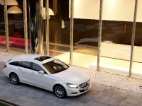 Mercedes-Benz CLS Shooting Brake, 24 of 69