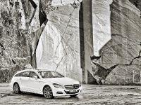 thumbnail image of Mercedes-Benz CLS Shooting Brake