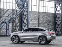 Mercedes-Benz Concept Coupe SUV , 16 of 31