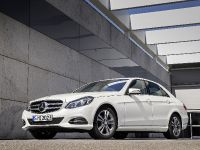 Mercedes-Benz E 200 Natural Gas Drive, 2 of 11