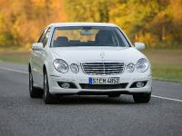 thumbnail image of Mercedes-Benz E 300 BlueTEC