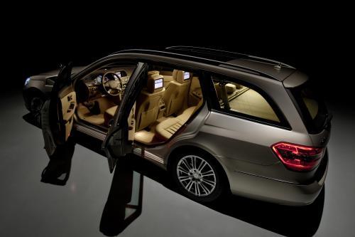 Fifth Gear - Skoda Superb Combi vs Mercedes E-class Estate [видео]