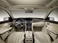 Mercedes-Benz E-Class Estate, 15 of 49