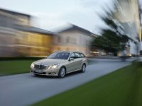 Mercedes-Benz E-Class Estate, 40 of 49