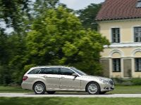 Mercedes-Benz E-Class Estate, 37 of 49