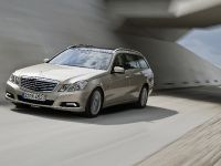 Mercedes-Benz E-Class Estate, 36 of 49