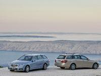 Mercedes-Benz E-Class Estate, 33 of 49