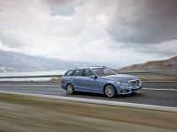 Mercedes-Benz E-Class Estate, 32 of 49
