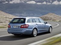 Mercedes-Benz E-Class Estate, 28 of 49