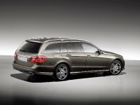 Mercedes-Benz E-Class Estate, 20 of 49