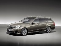 Mercedes-Benz E-Class Estate, 19 of 49