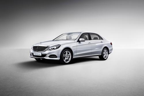 Mercedes-Benz E-Class С Удлиненной Колесной Базой