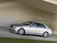 Mercedes-Benz E-Class, 2 of 36