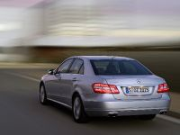 Mercedes-Benz E-Class, 6 of 36