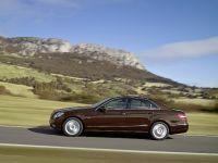 Mercedes-Benz E-Class, 9 of 36