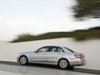 Mercedes-Benz E-Class, 14 of 36