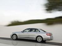 Mercedes-Benz E-Class, 14 of 36