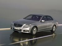 Mercedes-Benz E-Class, 15 of 36