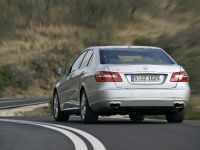 Mercedes-Benz E-Class, 17 of 36