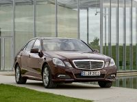 Mercedes-Benz E-Class, 19 of 36