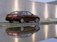 Mercedes-Benz E-Class, 22 of 36
