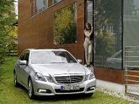 Mercedes-Benz E-Class, 30 of 36