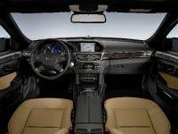 Mercedes-Benz E-Class, 33 of 36