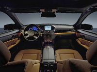 Mercedes-Benz E-Class, 34 of 36