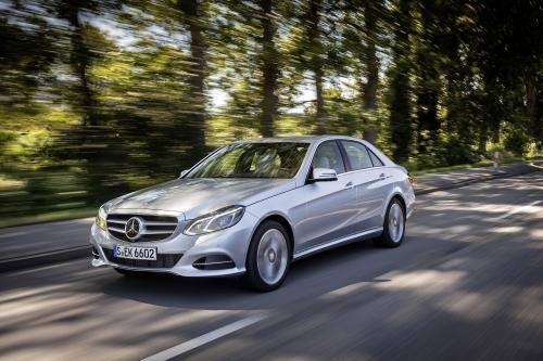 Mercedes-Benz E200 Natural Gas Drive И E220 BlueTEC BlueEFFICIENCY