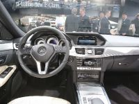 thumbnail image of Mercedes-Benz E400 Hybrid Detroit 2013
