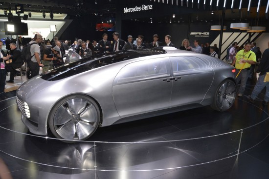 Mercedes-Benz F 015 Luxury in Motion Detroit