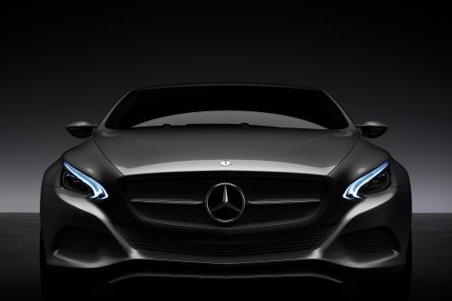 Mercedes-Benz F 800 Style - четкий предварительный просмотр следующей CLS