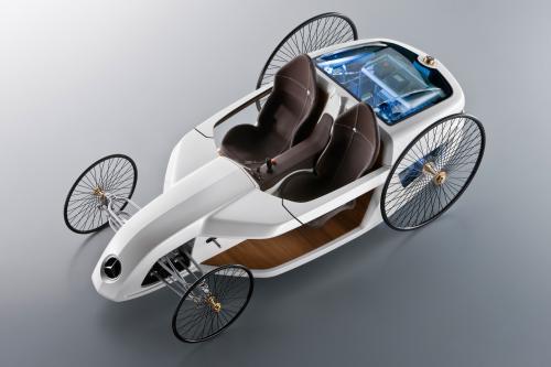 F-CELL Roadster - стажеров построить автомобиль будущего