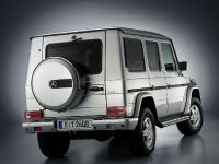 Mercedes-Benz G-Class, 2 of 3