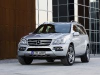 Mercedes-Benz GL 350 BlueTEC, 3 of 16