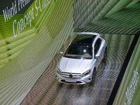 thumbnail image of Mercedes-Benz GLA Frankfurt 2013