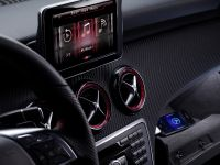 Mercedes-Benz iPhone on wheels - A-Class interior, 1 of 3