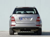 Mercedes-Benz ML 350 BlueTEC, 3 of 4