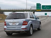 Mercedes-Benz ML 450 HYBRID, 26 of 27
