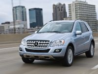 Mercedes-Benz ML 450 HYBRID, 24 of 27