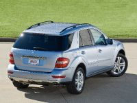 Mercedes-Benz ML 450 HYBRID, 16 of 27