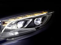 Mercedes-Benz MULTIBEAM LED headlamps, 9 of 13