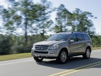 Mercedes-Benz R, ML, and GL 320 BlueTEC, 19 of 20