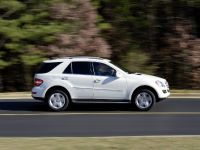 Mercedes-Benz R, ML, and GL 320 BlueTEC, 5 of 20
