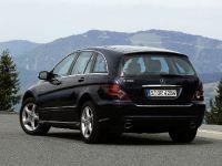 Mercedes-Benz R-Class, 2 of 5