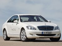 Mercedes-Benz S 400 BlueHYBRID, 4 of 12